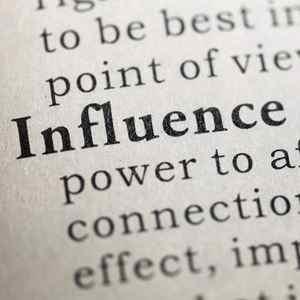 a persona più influente nel social media marketing- gary v